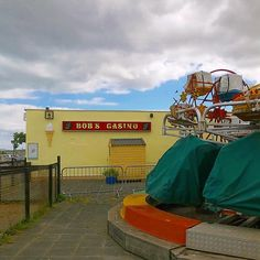 ...old childhood holiday spot! ..'swingboats and 99 ice-creams back in my day! 😊🍦 . . #instaview #ireland #instaireland #visitireland #igerseurope #igersireland #discoverireland #landscape #bobscasino #amusments #instacasino #townsofireland #countydublin #holidays #outdoors #gooutside #instadublin #fingalcountycouncil #instafunfair #photooftheday #skerries #destination #northdublin #gonebutnotforgotten #funfair 99 Ice Cream, Back In My Day, Fun Fair, Go Outside, Dublin, Ireland, Irish, Nostalgia, Childhood