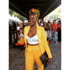 "269 curtidas, 6 comentários - Turbante-se (@turbante.se) no Instagram: ""#Yellow! Headwrap Inspirations @afropunk #Paris2017 #WeThePeople #Muse @akeda_world #Musa #crown…"""