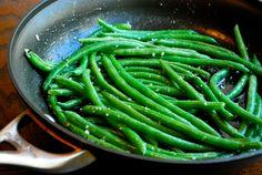 Garlic Parmesan Green Beans by asweetpeachef #Green_Beans #Garlic #asweetpeachef