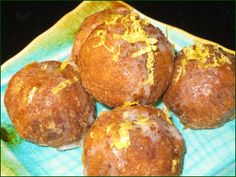 Raw Donut Holes - With Ground Golden Flax Seed - Liver cleansing diet raw food recipes - Learn how to do a liver flush https://www.youtube.com/watch?v=e2SxDemOO54 I LIVER YOU