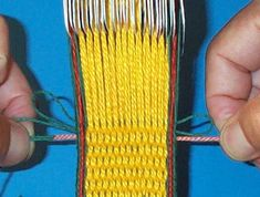Finishing tablet woven bands with a simple pair of threads. Inkle Weaving Patterns, Loom Weaving, Diy Using Yarn, Medieval Crafts, Textile Tapestry, Inkle Loom, Card Weaving, Types Of Weaving, Hem Stitch