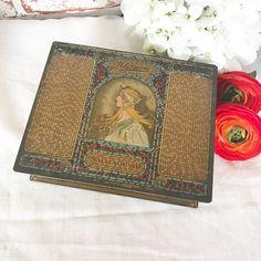 Antique Whitman's Salmagundi Chocolates tin box, Art Deco Alfonse Mucha, biscuit candy, trinket, storage