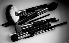 Vortex Professional Makeup Brushes www.sedonalace.com