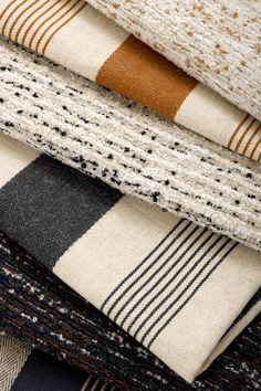 Textile Fabrics, Home Textile, Cool Fabric, Fabric Sofa, Cottage Style, Fiber Art, Spinning, Tapestry, Pure Products