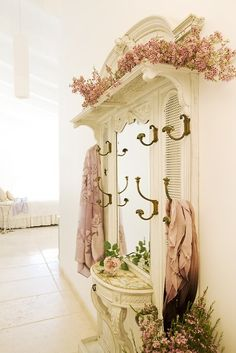 wouldn't this be fun in the dressing area of your bedroom or master bath . . .
