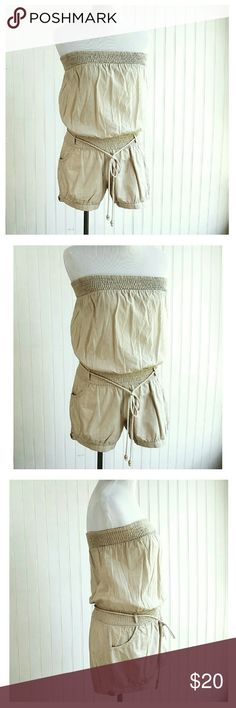 Off White Sassy Summer Strapless Romper Super cute strapless short romper, perfect for summer fun! Elastic waist and bust, button legs.  Size Small. Boutique  Pants Jumpsuits & Rompers