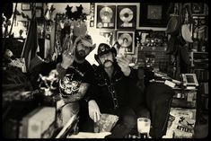 Motörhead Los Angeles, California. March 2010. Pep Bonet and Lemmy Kilmister at his home in Los Angeles watching documentaries of the second World War on his couch. Motörhead, originally called Bastard, is a long-lived and iconic heavy metal band from England formed in 1975. They are widely recognized as progenitors of thrash metal, a fusion of heavy metal and what was soon to become hardcore punk. Consequently they influenced countless rock, punk rock, and heavy metal bands that followed…