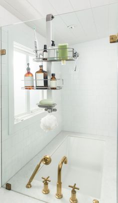 Introducing the over door shower caddy. A modern solution for organizing your shower clutter. Bathroom Shower Organization, Bathroom Mirror Storage, Best Bathroom Tiles, Bathroom Caddy, Shower Storage, Bathroom Doors, Door Storage, Shower Doors, Shower Caddies
