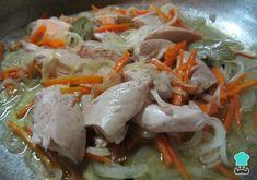 Pollo en escabeche argentino - ¡Fácil e ideal para conservar! Argentina Food, Fermentation Recipes, Canapes, Japchae, Tapas, Meal Prep, Food And Drink, Cooking Recipes, Meals