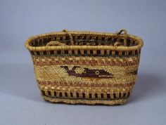 Basketry Purse - Ethnology Collections Database - Burke Museum