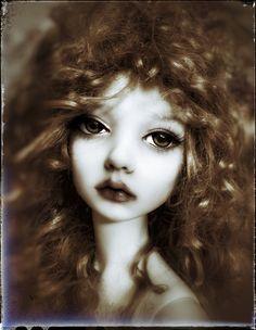 Dollstown Amy