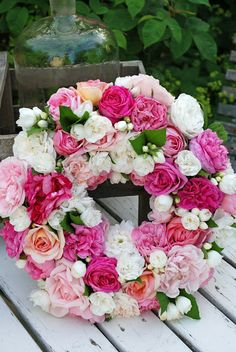 381 best artificial flower arranging images on pinterest pretty floral wreath wedding wreaths how to make wreaths floral arrangements beautiful mightylinksfo