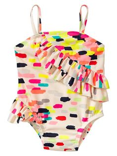 um, cutest little bathing suit ever.