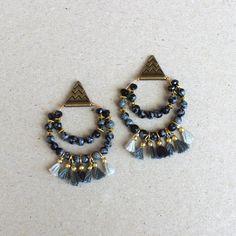 BO ISIS // Perles d'Obsidienne flocon de neige et pompons gris