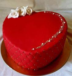 Valentine Desserts, Valentines Cakes And Cupcakes, Valentine Cake, Heart Shaped Wedding Cakes, Heart Shaped Cakes, Heart Cakes, Heart Shape Cake Design, Fondant Cakes, Cupcake Cakes