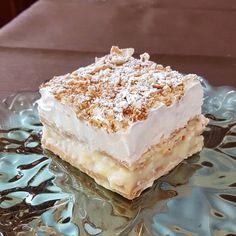 """2,222 """"Μου αρέσει!"""", 27 σχόλια - Απλές συνταγές βήμα βήμα (@aplessyntages) στο Instagram: """"Εύκολο και ελαφρύ γλυκό με cream crackers και κρέμα σαν μιλφέιγ!! Δείτε την συνταγή στο link του…"""" Vanilla Cake, Sweets, Desserts, Cream, Food, Instagram, Tailgate Desserts, Creme Caramel, Deserts"""