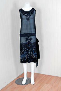 1920's Art-Deco Embroidered Beaded Silk-Chiffon Flapper Dress