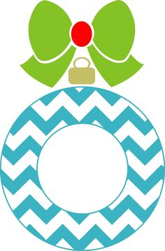 Tons of cute svg's Silhouette Vinyl, Silhouette Images, Silhouette Machine, Silhouette Cameo Projects, Silhouette Design, Silhouette School, Christmas Vinyl, Chevron Christmas, Christmas Crafts