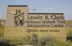 Lewis and Clark National Interpretive Center Lewis And Clark Route, Vacation Trips, Dream Vacations, Forest Service, Forest House, National Forest, Places To Go, Country Roads, Tours