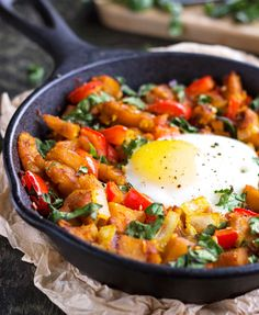 Squash, Pepper & Kale Hash {GF, Low Fat & Vegetarian} #recipe Pin by Ellesilk.com