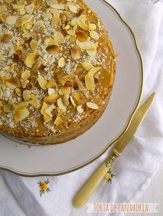 mmmm... Chilean Recipe- Carrot Cake/ Receta De Cocina Chilena | En Guete!!!: Torta de zanahoria {un clásico chileno}