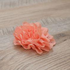 Fleur pêche en tissu - 8 cm
