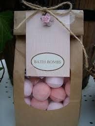Bath boms lush diy beauty 16 ideas for 2019 DIY Beauty Health Ideen Bath Bomb Packaging, Soap Packaging, Packaging Ideas, Pretty Packaging, Bath Fizzies, Bath Salts, Homemade Gifts, Diy Gifts, Bath Boms