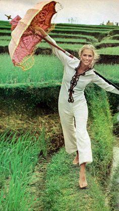 Vogue 1970 - Lauren Hutton by Henry Clarke