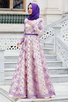 tesettür modası Hijab Dress Party, Hijab Outfit, Abaya Fashion, Fashion Dresses, Moslem Fashion, Hijab Collection, Islamic Fashion, The Dress, Party Wear