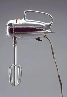 Mixall Jr portable electric mixer, designed 1945–55. Eric Brill collection.