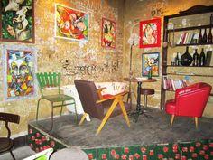 Ruin pub Budapest, Pub Design, Vintage Cafe, Cool Cafe, Suzy, Coffee Shop, Furniture Ideas, Interior Design, Cool Stuff