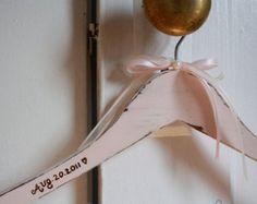 Wedding dress hanger, name hanger, personalized hanger, bridal dress hanger, vintage, shabby chic, rustic, country