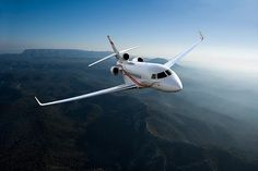 Dassault Falcon is the first business jet with a digital flight control system. It is the company's fastest-ever selling business jet Jets Privés De Luxe, Luxury Jets, Luxury Private Jets, Private Plane, Gulfstream G650, Private Jet Flights, Ranger, Hong Kong, Luxury Helicopter