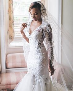 """""""Mi piace"""": 5,618, commenti: 48 - Pnina Tornai (@pninatornai) su Instagram: """"#PninaBride Audra is a true bridal beauty in her #WindUponWater Collection gown. 📸:…"""""""