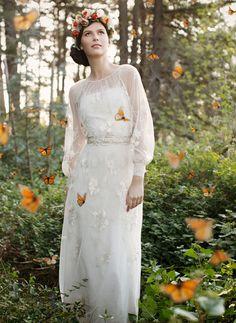 Vestidos de novia (Inspiración) // Wedding dress (Inspiration) Nostálgica y encantadora novia :) #vestidodenovia #noviaromantica