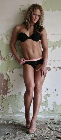 Nicole Wilkins - IFBB Figure and Fitness