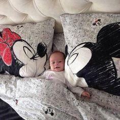 Almohadas Disney besuconas.