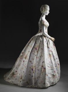 1865, France - Woman's Dress (Robe à transformation) - Silk plain weave (taffeta) with printed warp, moiré finish