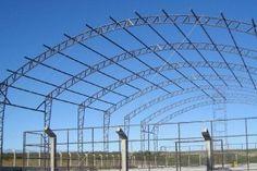 Empresa de estrutura metalica Steel Trusses, Roof Trusses, Truss Structure, Steel Structure, Roof Truss Design, Steel Roofing, Steel Frame, Shed, Louvre