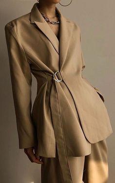 Oversized wrap blazer in camel Classy Outfits, Chic Outfits, Fashion Outfits, Fashion Skirts, Fashion 2018, Blazer Outfits, Blazer Fashion, Older Women Fashion, Womens Fashion