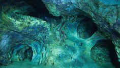 Slovensko je plné jedinečných miest,  ide o jediné opálové bane na našom kontinente, zároveň sú najstaršie a najväčšie na svete.    a môžunám ich  po celom svete iba závidieť. Jeden z nich sa ukrýva pri Prešove.