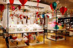 The Conran Shop Christmas 2014 at The Conran Shop Shinjuku Christmas 2014, Xmas, Holiday, Honeycomb Decorations, Visual Merchandising, Kawaii, Windows, Display, Shop