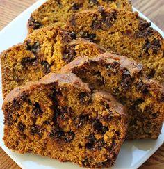 LOVE pumpkin! Chocolate chip pumpkin bread
