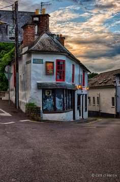 Casey's Corner Kinsale, Ireland. Kinsale, I think, might be my favorite town in Ireland. I want to take Eibhleann there some day soon!