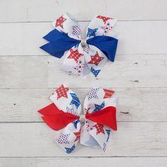 "6"" Grosgrain Patriotic Stars Hair Bow Clip Bow Clip, Bow Hair Clips, Hair Bows, Star Hair, 4th Of July Celebration, Grosgrain, Stars, Ribbon Hair Ties, Sterne"