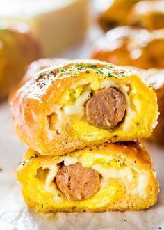 10. Sausage and Egg Breakfast Rolls #healthy #portable #recipes http://greatist.com/eat/portable-meals-you-can-legit-eat-with-your-hands