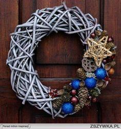 Zobacz zdjęcie Oryginalny wianek świąteczny. w pełnej rozdzielczości