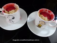 Mug Cake crumble framboise-citron - Foodista Challenge # 32 - Croquant Fondant Gourmand Cake Mug, Fondant, Dessert, Tea Cups, Minute, Mugs, Voici, Tableware, Challenge