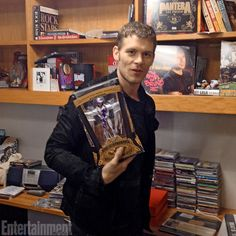 Staff Writer Kyle Anderson's office First, Morgan assures Anderson that having seen a lot of offices on his tour of EW, his is indeed one o...