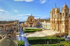 Sicilia Noto. Basilica Cattedrale San Nicoló Σικελία Νότο. Βασιλική του Αγίου Νικολάου Καθεδρικός Ναός Sicily Noto. Basilica Cathedral of Saint Nicholas  amm. [F.R.]